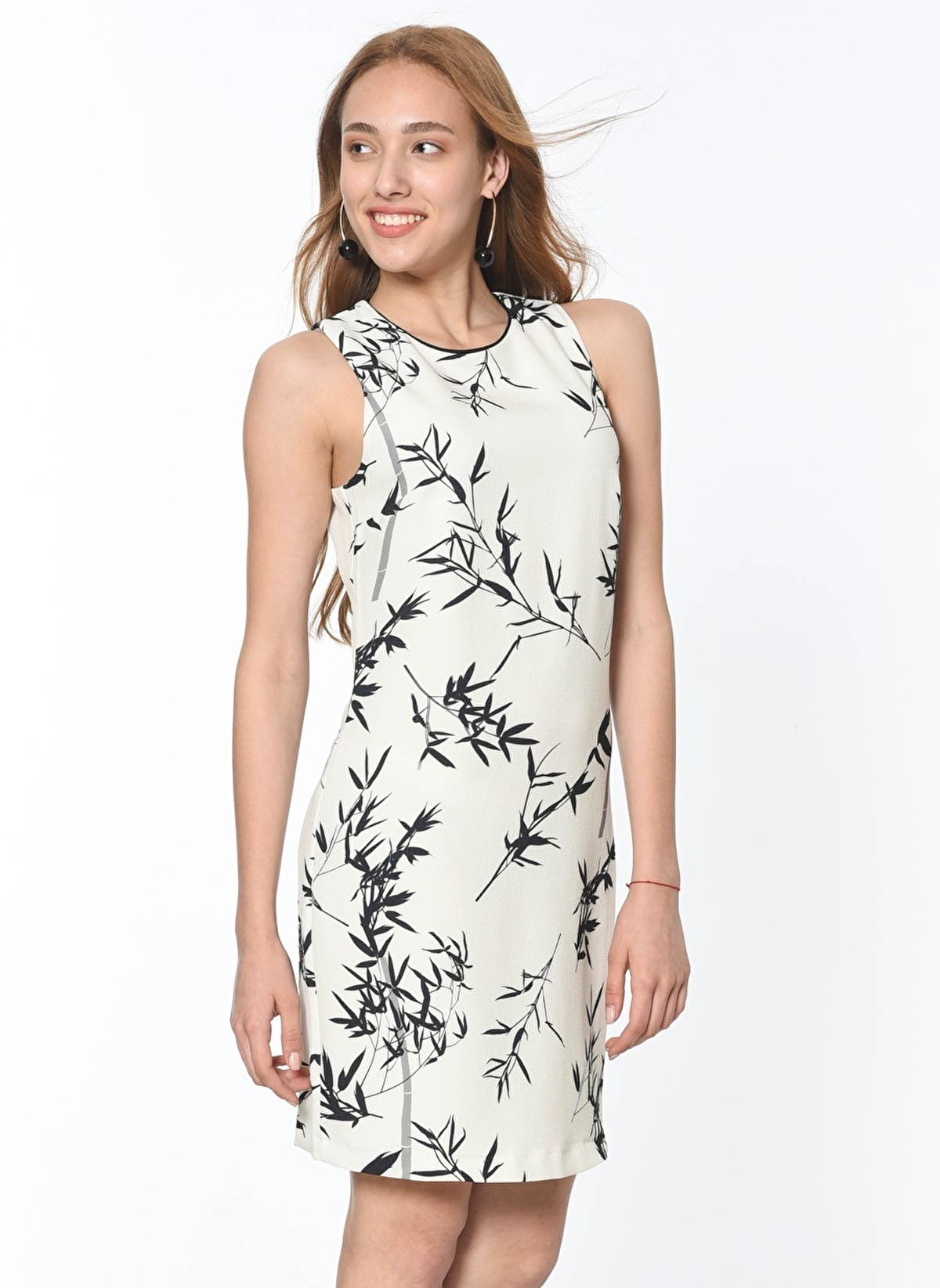 2e03b34cb28c2 Koton Kadın Yaprak Desenli Kısa Elbise Black Desıgn   Morhipo   19133263